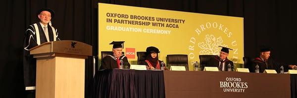 Lễ tốt nghiệp toàn khu vực của chương trình BSc in Applied Accounting của Oxford Brookes University